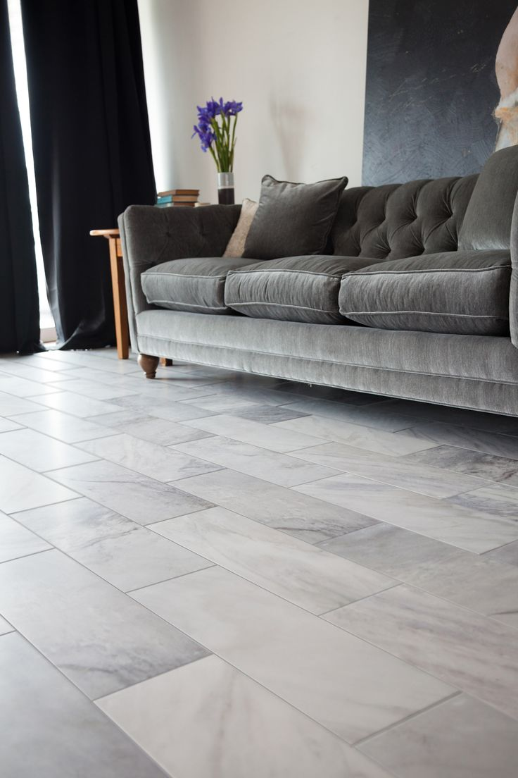 Storka flooring Manor House tile – Classic natural stone beauty combined with the durability of porcelain tile.  Estate style pictured. Champagne color also available from South Cypress.