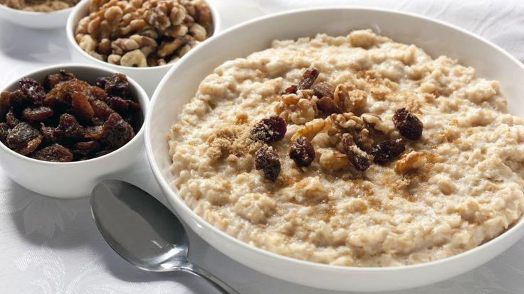 Choko müsli er en lækker dansk opskrift af Michelle Kristensen, se flere dessert og kage på mad.tv2.dk