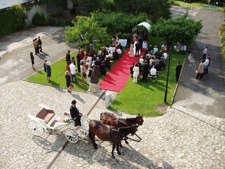 Svadba na zelenom nádvorí