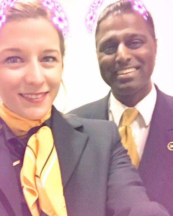 From @flying_vanessa Wenn nach dem Nachtflug einfach nur noch ein Snapchat-Filter hilft  Der arme @mr_m_happy musste einfach ein paar mehr Selfies mit mir machen weil ich einfach auf jedem verstrahlt aussah  Er ist einfach so lieb dass ihm nichtmal der rosa Kranz was ausmacht  #lufthansacabincrew #lufthansalovers #lufthansacrew #lufthansaa380 #lufthansa_fly #lufthansacabincrew #lufthansaflugbegleiter #lufthansaflight #lufthansaflugbegleiter #lufthansa_fly #cabin #cabinfun #cabinlove…