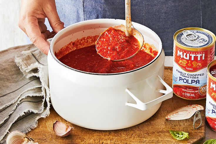 Five-Ingredient Pizza Sauce—All you need are five ingredients to make an absolutely delicious pizza sauce.