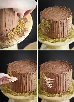 Mulled Wine Stump de Noël Cake and a Ridge Runner Wood Works Giveaway! | Sprinkle Bakes