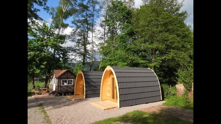 Menhir Podhouse - tiny round design houses