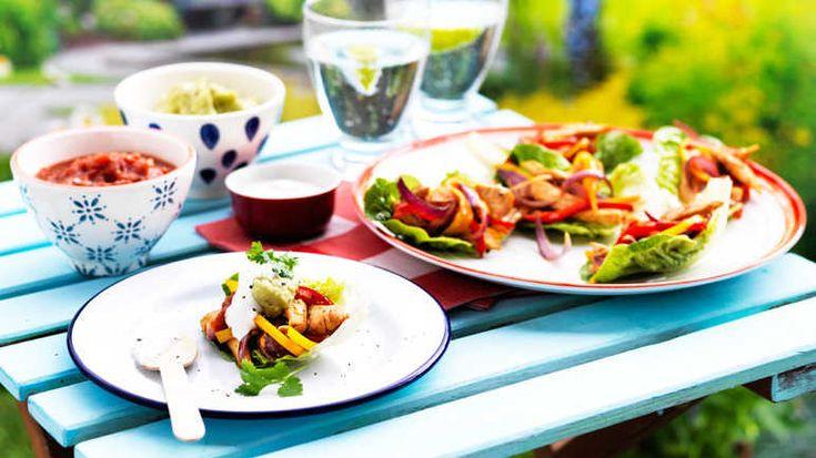 Image: Chicken fajita lettuce cups
