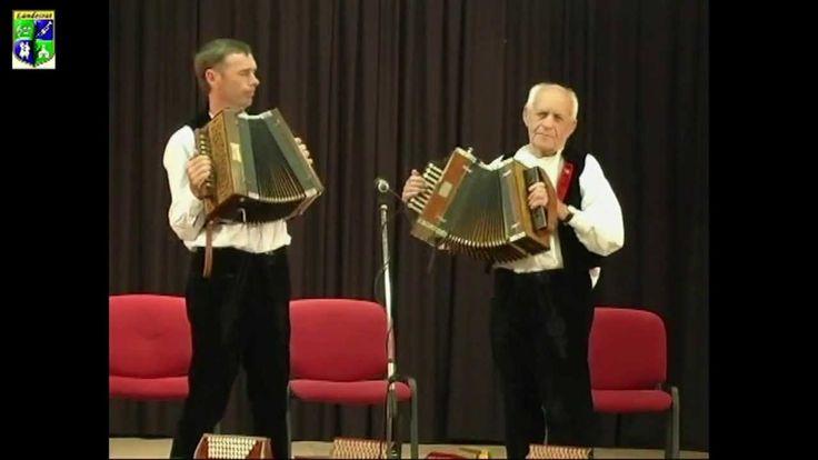 Ungarndeutsche Knopfharmonikaspieler aus Hajos