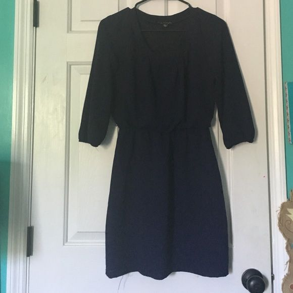 Navy chiffon dress Worn twice so cute- can dress up or make casual. Dresses
