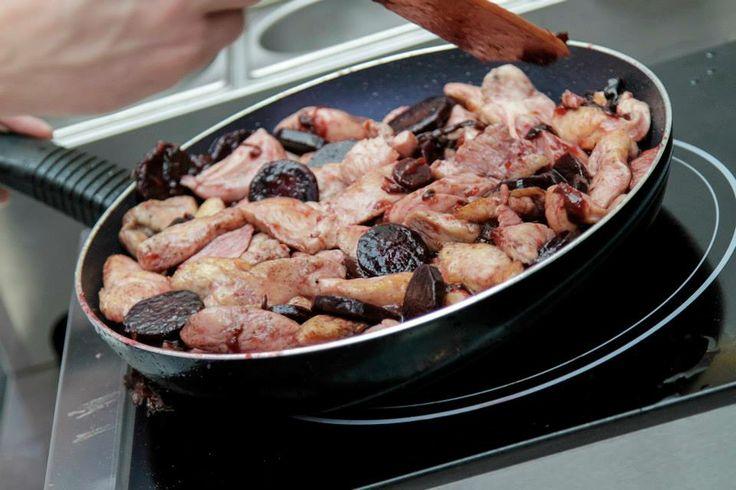 Nasi kucharze przygotowali fantastyczne dania!  #galeriamokotow #galmok #meskiegotowanie #dzienkobiet #event #gotowanie #kuchnia
