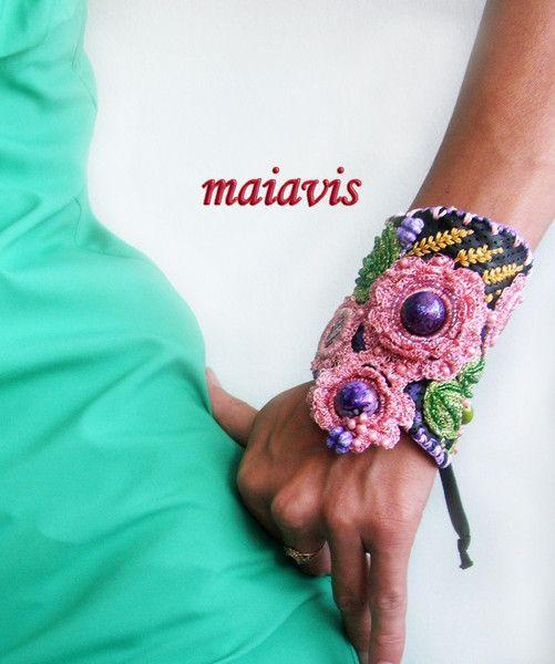 Bracelets – Statement Cuff Bracelet Floral colourful – a unique product by maiavis on DaWanda