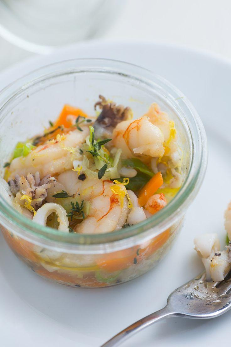 Insalata di mare in vasocottura: una cottura speciale per preparare il classico antipasto a base di pesce!  [Italian seafood salad cooked in jar]