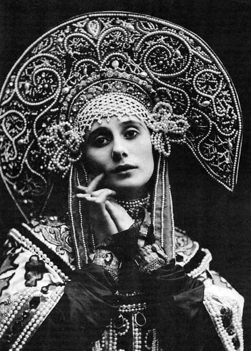 Anna Pavlova at the last ball of Imperial Russia 1903 / Russian Ballerina and Choreographer: