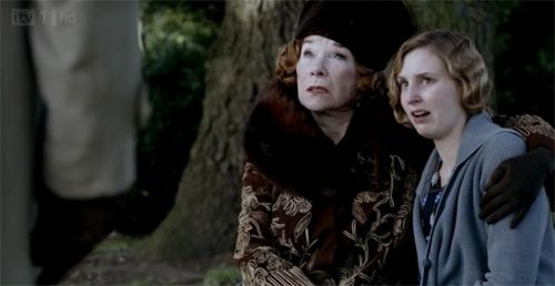 Martha Levinson and Edith stand up to Robert on Downton Abbey Season 3 Episode 2
