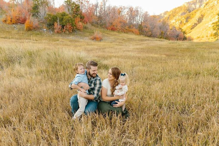 FAMILY PHOTOGRAPHER/ CEDAR CITY FAMILY PHOTOGRAPHER/ UTAH FAMILY PHOTOGRAPHER/ CEDAR CITY PHOTOGRAPHER/ DESTINATION FAMILY PHOTOGRAPHER/ ST GOERGE FAMILY PHOTOGRAPHER/ UTAH FAMILY PHOTOGRAPHER/ PROV UTAH FAMILY PHOTOGRAPHY/ FALL FAMILY PICTURES