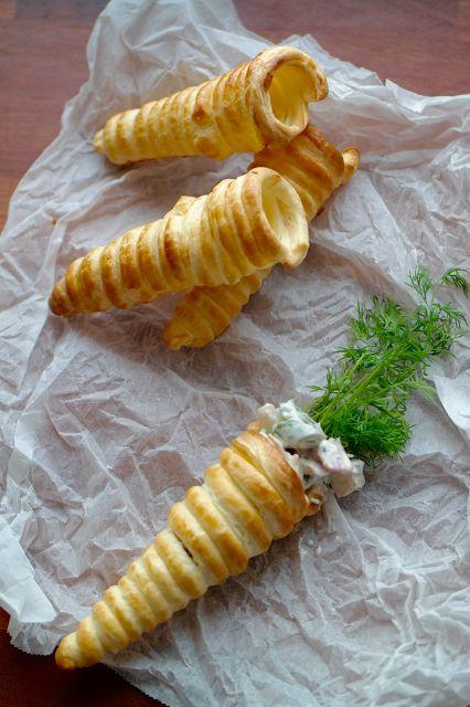 God mad og søde sager: Butterdejs-kræmmerhuse med hønsesalat
