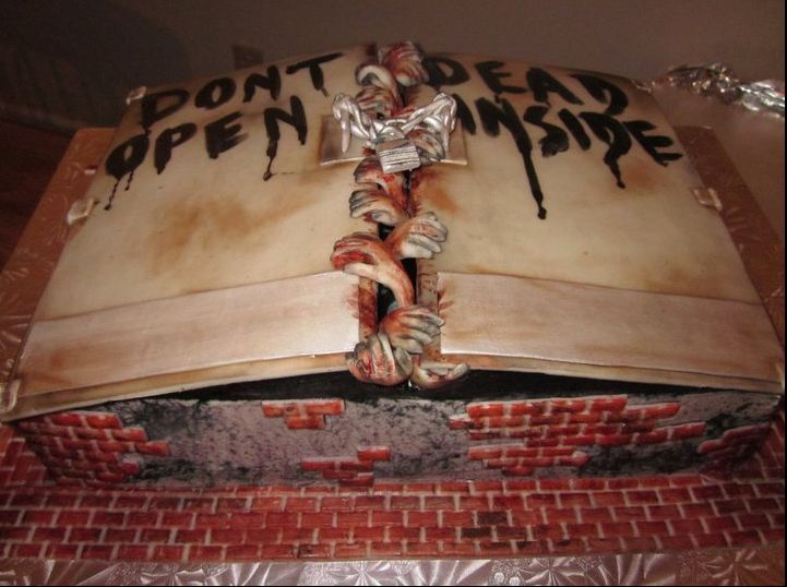 Walking Dead cake!  I must have this as my birthday cake!  ;)