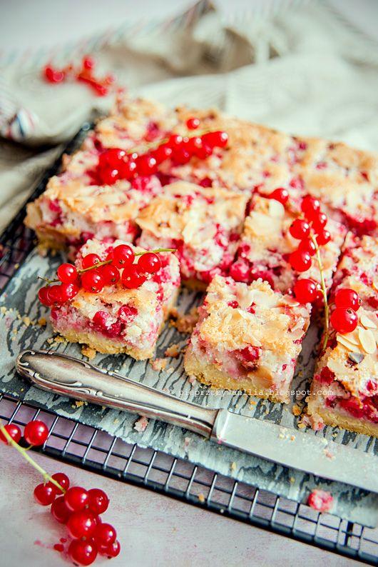 pieprz czy wanilia fotografia i kulinaria: Tarta migdałowa z czerwoną porzeczką