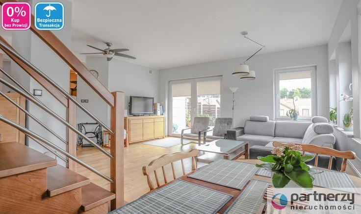Mieszkanie na sprzedaż dwupoziomowe, rozkładowe, słoneczne, przestronne, ciepłe, 6-pokojowe mieszkanie w Gdańsku (dzielnica Matemblewo) o powierzchni ok. 140 m2. Mieści się ono na 1. piętrze i poddaszu 1-piętrowego domu wielolokalowego.