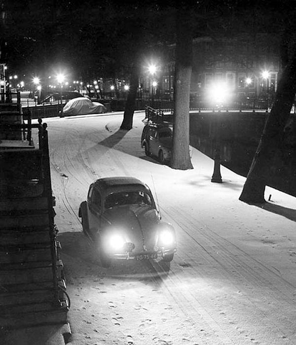 """Volkswagen (owner: Kees Scherer) in Winternight"" Amsterdam about 1951. photo: Kees Scherer"