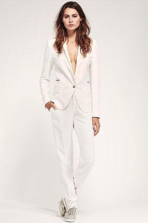 25 best ideas about tailleur pantalon femme mariage on pinterest tailleur femme tailleur. Black Bedroom Furniture Sets. Home Design Ideas