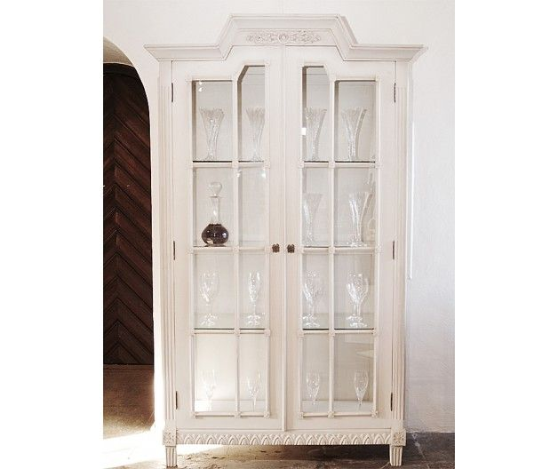 Cupboard in Gustavian Vitrine style (item no: 1340). Visit our homepage for more information and to view all your finish & fabric options. /SWSC
