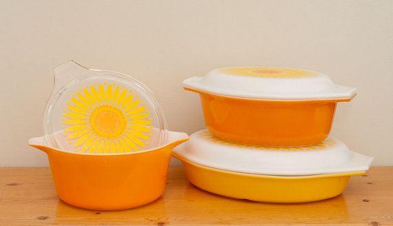 Vintage Set of Three Pyrex Yellow and Orange by @rainydayswapmeet, #vintage #retro #orange #kitchen @brettadamwilsonPyrex Addict, Kitchens Large, Orange Kitchens, Kitchens Brettadamwilson, Vintage, Happy Places, Pyrex Dishes, Brett Wilson, Retro