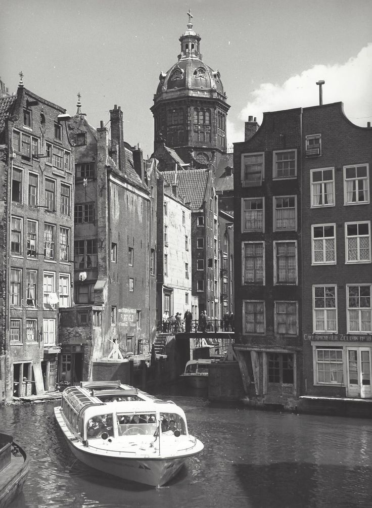 """"""" Sightseeing boat """" Amsterdam, about 1953-1959. photo: Kees Scherer"""