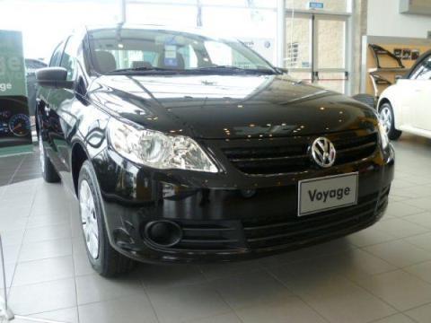 Volkswagen Voyage 16