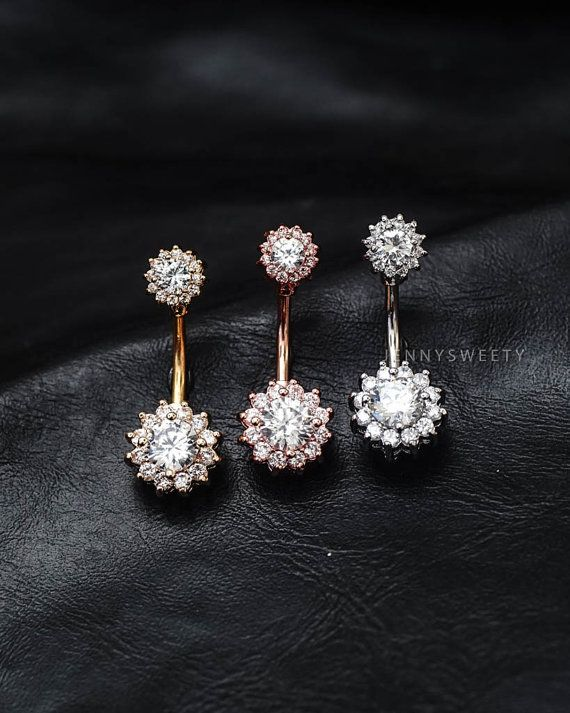 ◎COMBINED SHIPPING - You will pay shipping cost of first item only.  Made out of surgical steel, high quality zircon.  Gauge: 14, bar length: 12 mm.