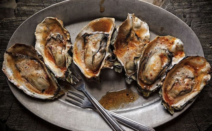 A blog about oysters including recipes tools and tips