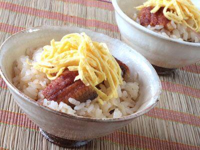 うなぎの蒸し寿司丼の作り方(レシピ)
