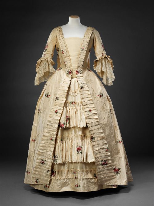 Robe à la française, 1770′sFrom the John Bright Historic Costume… (Fripperies and Fobs)