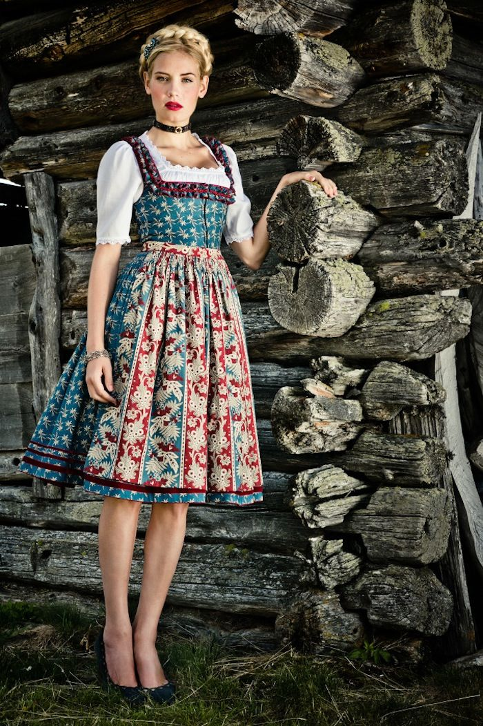 Patterned dirndl
