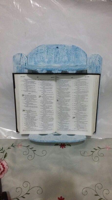 Suporte Bíblia de Parede
