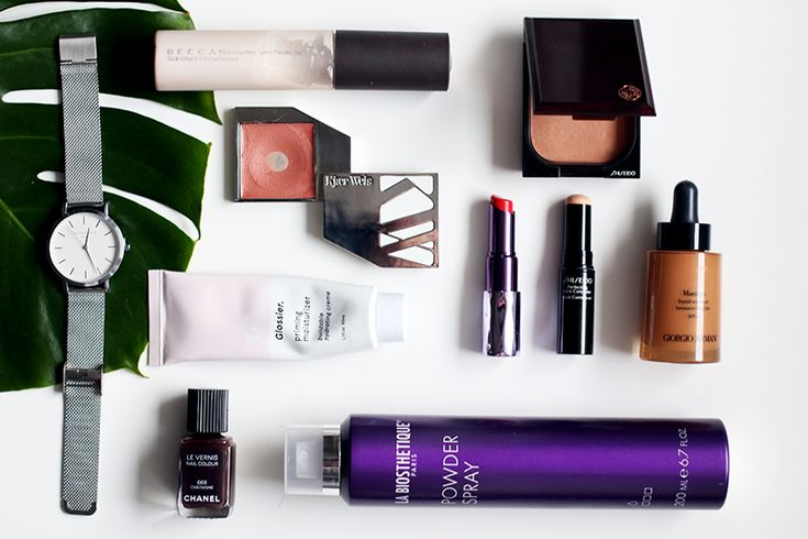 Best of 2015 - Beauty, Fashion & Lifestyle Favoriten: Rosefield Mesh Watch, Becca Shimmering Skin Perfector, Kjaer Weis Blush 'Desired', Shiseido Bronzer, Urban Decay Lipstick 'Slowburn', Shiseido Perfecting Stick Concealer, Giorgio Armani Maestro Liquid Summer, Chanel Chataigne Nail Polish, La Biosthetique Powder Spray, Glossier Priming Moisturizer