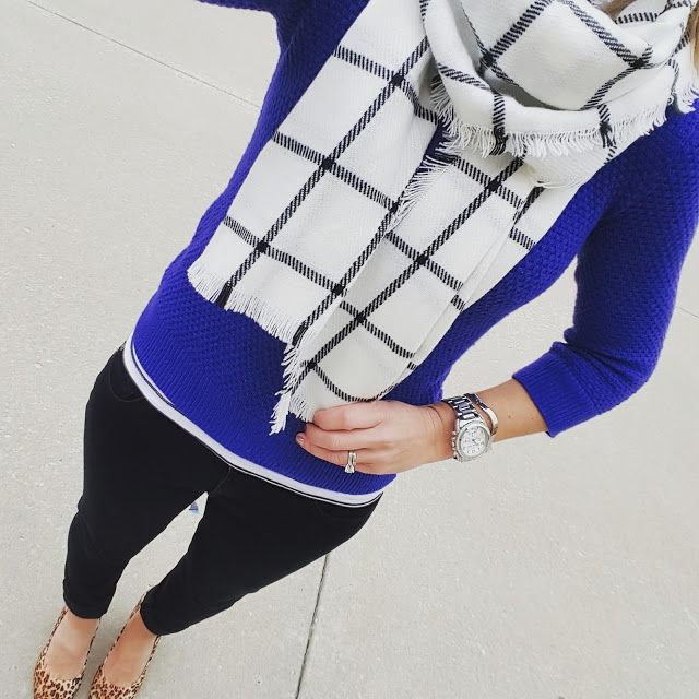 Cobalt, black and white - awesome color combo!