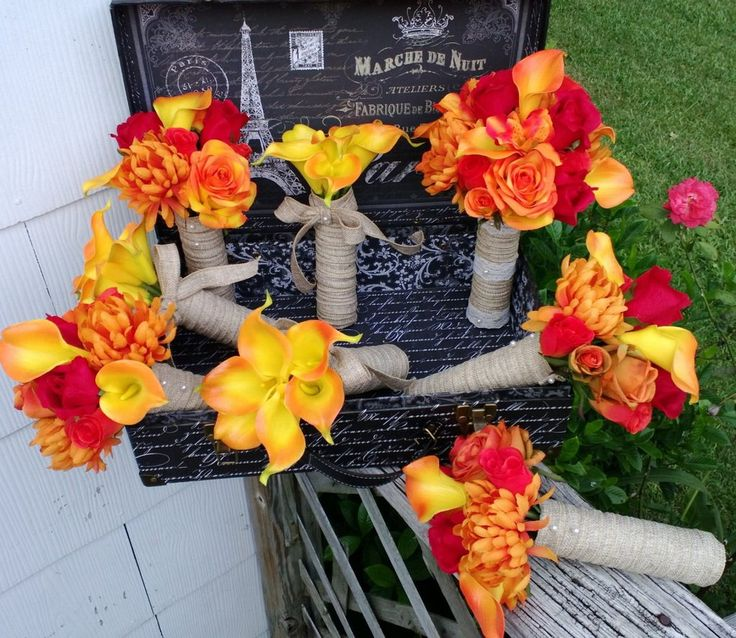 This listing is for 8 Orange & Red Rose & Calla Lily Wedding Bouquets as described Below and seen in the photos. These bouquets are perfect for the Rustic Fall or Country Wedding. The Set is Made to O