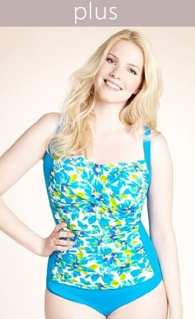 Sublime your curves with a trendy plus size swimsuit !