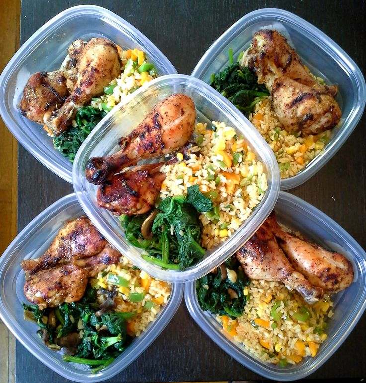 Baked chicken, sauteed spinach and brown rice with sauteed yellow peppers and green onions.  We love to add a little color to our rice for meal prep! Follow us on Instagram: @mybodymykitchen. Check out mybodymykitchen.com for recipes