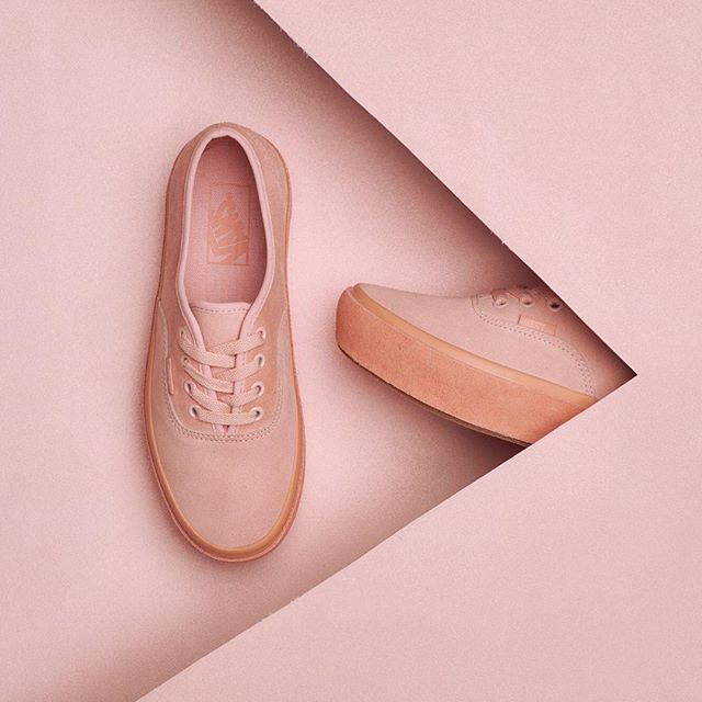 Coming up rosy: the Suede Outsole Authentic Platform 2.0. Shop online or find a store at vans.com #vansgirls