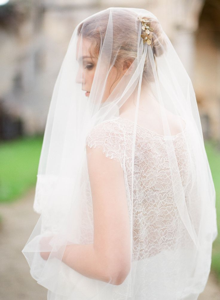 wedding veil / cathedral veil / lace veil @orchideedesoie www.orchideedesoie.com