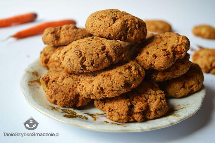 Ciasteczka marchewkowe z mąki orkiszowej