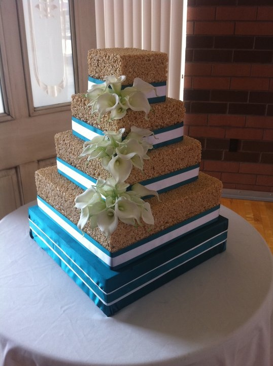 rice krispie wedding cake cakes pinterest to be rice krispie cakes and wedding. Black Bedroom Furniture Sets. Home Design Ideas