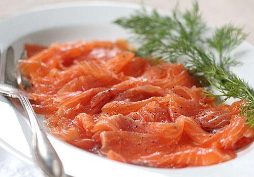 The Galley Gourmet: Home Cured Gravlax- 2x salt, 1 1/2 sugar, 2x vodka, 24 hours