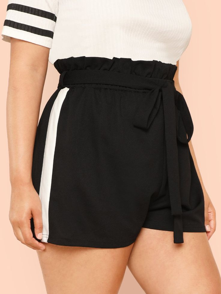 Two Tone Cut And Sew Frilled Shorts -SheIn(Sheinside) 2