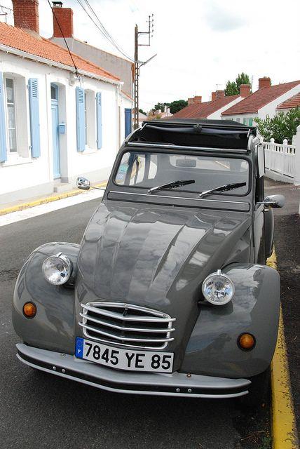 2 CV sur l'île de Noirmoutier Vendée