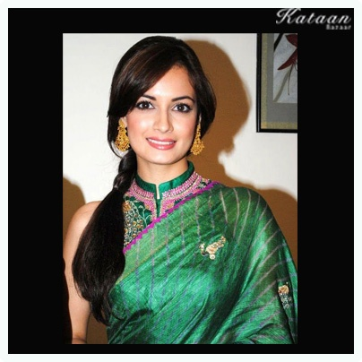 #Dia Mirza in a glamarous GREEN Saree
