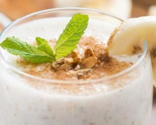 Milkshake anti-fringale à la banane et son d'avoine