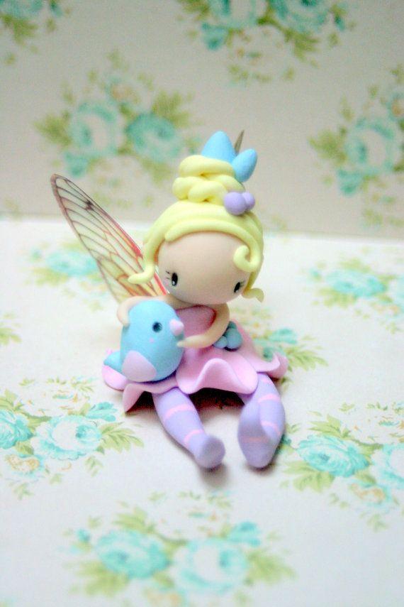 Fairy Figurine                                                                                                                                                                                 Más
