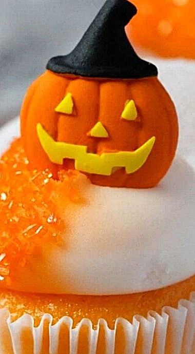 Orange Creamsicle Mini Halloween Cupcakes ❊
