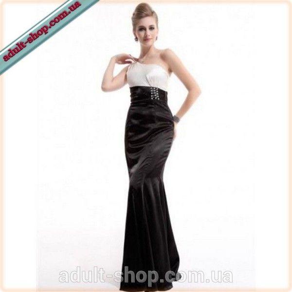 Черно-белое платье с мерцающими стразами