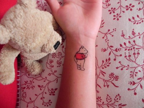 Make your own temporary tattoos.: Bears Tattoo, For Kids, Temporary Tatoo, Tattoo'S, Pooh Bear, A Tattoo, Winnie The Pooh, Temporary Tattoo, Diy Temporary